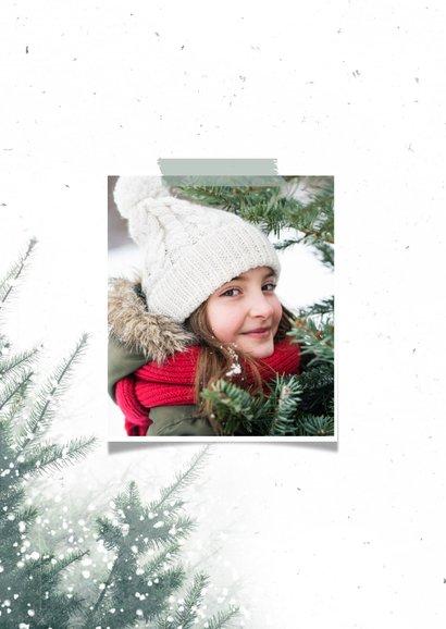 Kerstkaart met foto, kerstbomen en sneeuw 2