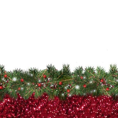 Kerstkaart met foto kerstkrans en rode glitter 2
