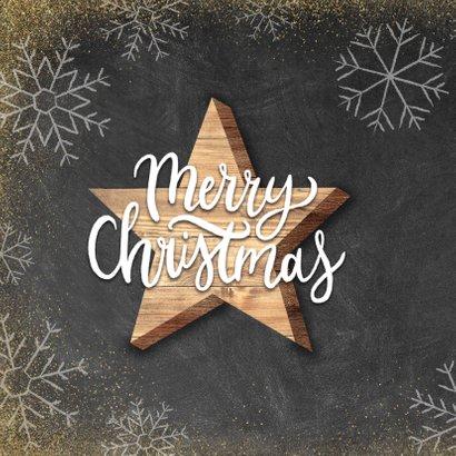 Kerstkaart met houten ster, Merry Christmas en sneeuwvlokken 2
