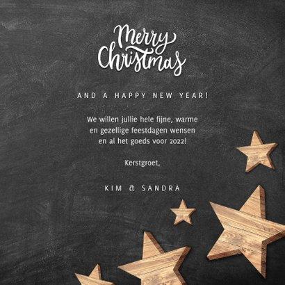 Kerstkaart met houten sterren, Merry Christmas en krijtbord 3