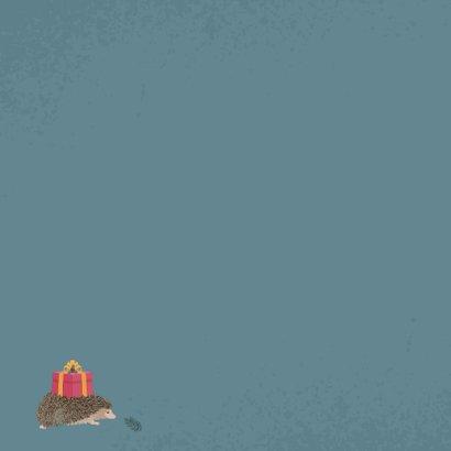 Kerstkaart met illustratie van gestapelde bosdiertjes Achterkant