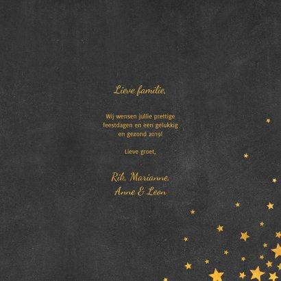 Kerstkaart met meertalige ster en gouden sterren 3