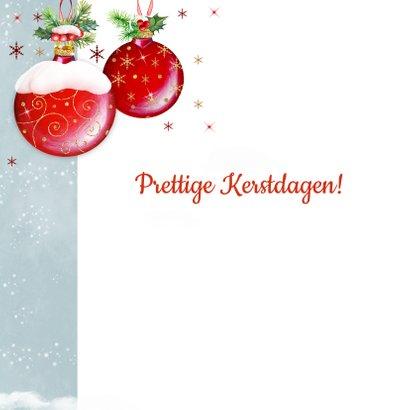 Kerstkaart met rode kerstballen klassiek 2