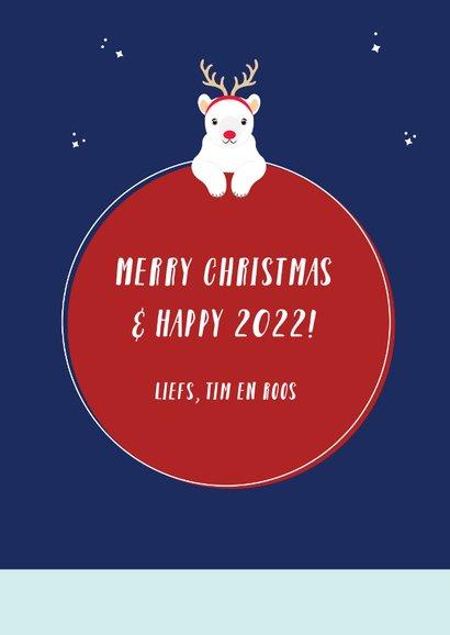 Kerstkaart met vrolijke ijsberen in kerstiglo 3