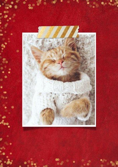 Kerstkaart rood met gouden confetti en eigen foto 2