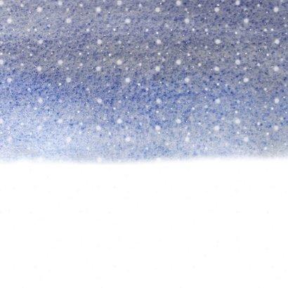 Kerstkaart samen op de slee in de sneeuw Achterkant