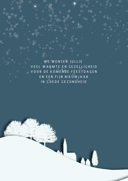 Kerstkaart silhouet landschap blauw-wit 2
