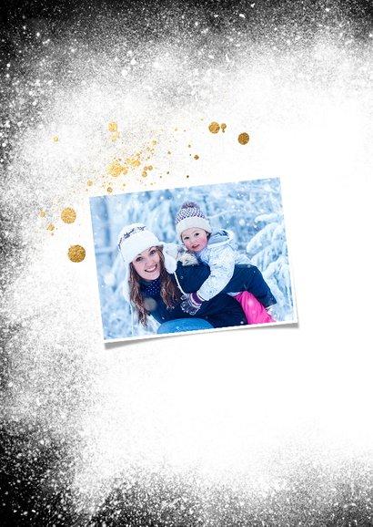 Kerstkaart sneeuw foto op zwart 2