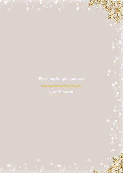 Kerstkaart staand met 3 foto's en gouden ijssterren 3
