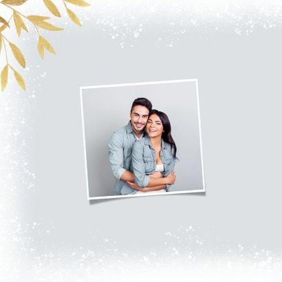 Kerstkaart winter fotokader sneeuw goud stijlvol foto 2