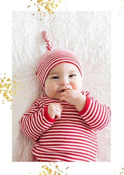 Kerstkaart wit - dikke knuffel ster in goud met omarming 2