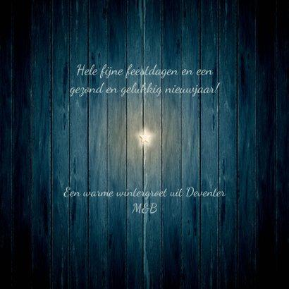 Kerstkaart witte ster op donker blauw hout 3