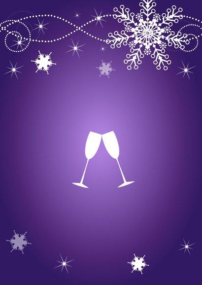 Kerstmenukaart paars sneeuwvlokken champagneglazen 2