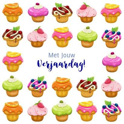Kleurige verjaardagskaart met lekkere gebakjes voor tiener 3