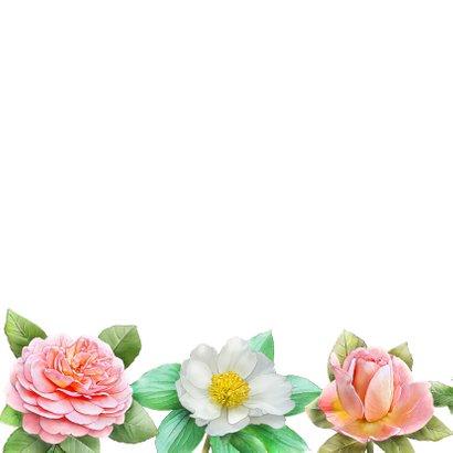 Kleurige verjaardagskaart met roze en andere rozen 2