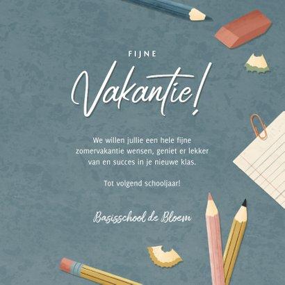 Leuke vakantiekaart fijn vakantie schoolspullen & typografie 3