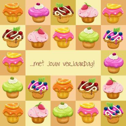 Leuke verjaardagskaart met talrijke heerlijke gebakjes 3