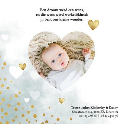 Lief geboortekaartje blauwe waterverf, hartjes en stipjes 2