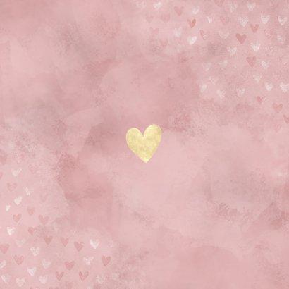 Lief geboortekaartje meisje roze waterverf en gouden hartjes Achterkant