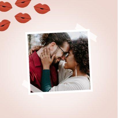Liefde kaart ik wil met je zoenen corona kusjes roze 2