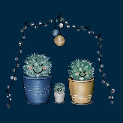 Lieve kerstkaart met illustratie van vrolijk cactusgezin 2