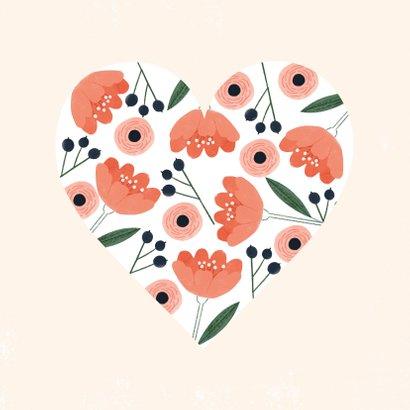 Lieve valentijnskaart met roze rode bloemen in hartvorm 2