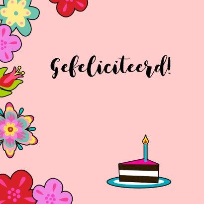 Lieve verjaardagskaart met kat, bloemen en taart 2