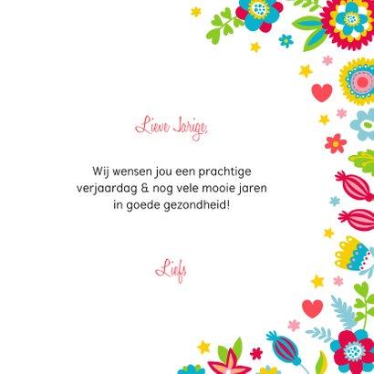 Lieve verjaardagskaart poesje bloemen en hartjes 3