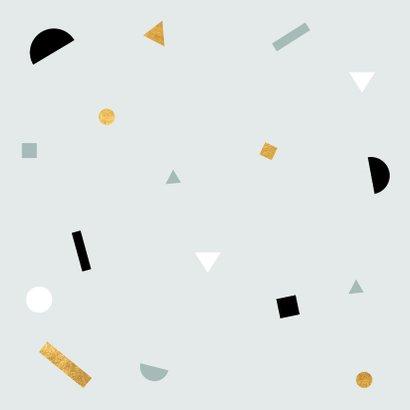 Minimalistisch geboortekaartje met speelse confetti  Achterkant