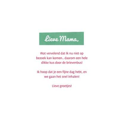 Moederdagkaart corona - moederdagkus door de brievenbus 3