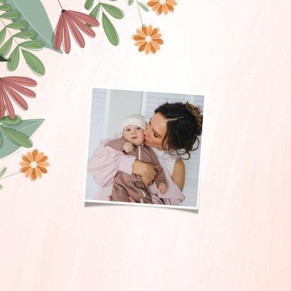 Moederdagkaart liefste mama met kleurrijke bloemen 2