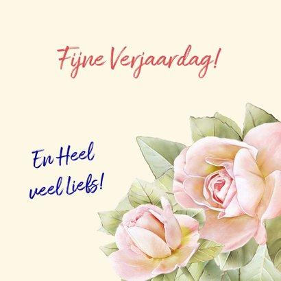 Mooie bloemenkaart met 3 perzik-kleurige rozen 3