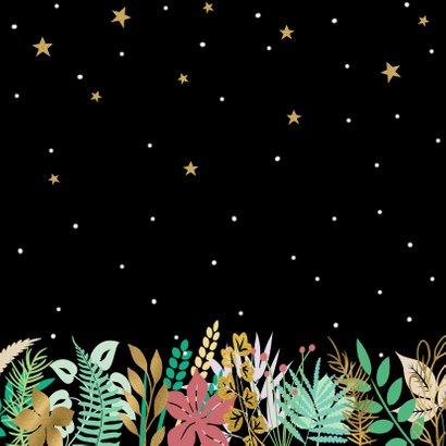 Mooie kerstkaart met sterren, blaadjes en sneeuw op zwart 2