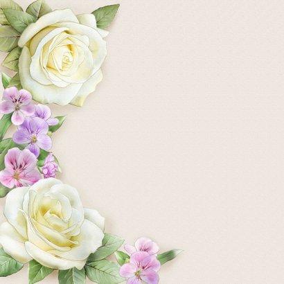 Mooie verjaardagskaart met krans van witte Rozen 2