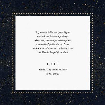Nieuwjaarskaart donkere achtergrond met sierlijke letters 3