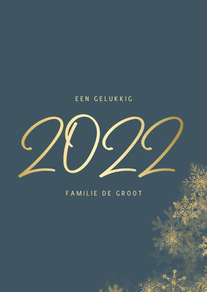 Nieuwjaarskaart grote foto met sneeuwkader en gouden 2022 3
