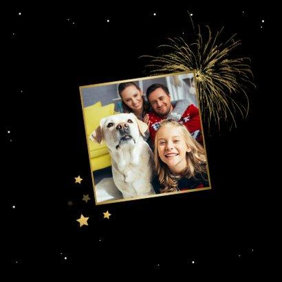 Nieuwjaarskaart happy new year fijne feestdagen vuurwerk 2
