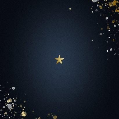 Nieuwjaarskaart Happy new Year klassiek met sterren Achterkant