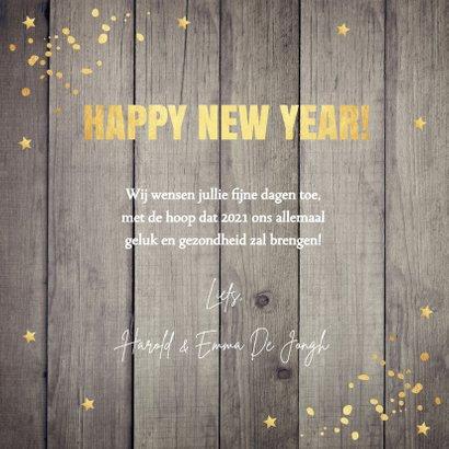 Nieuwjaarskaart hout 2021 typografie goudlook 3