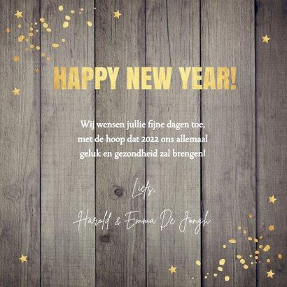 Nieuwjaarskaart hout 2022 typografie confetti goudlook 3