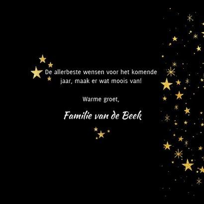 Nieuwjaarskaart met gouden sterren en 2019 fotocollage 3