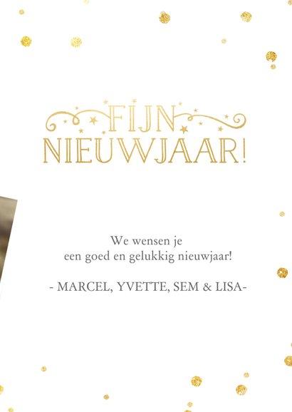 Nieuwjaarskaart met grote foto en wit met gouden confetti  3