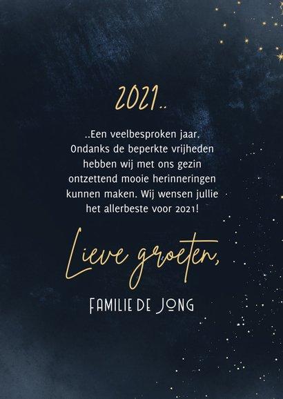 Nieuwjaarskaart overzicht op 2021 fotocollage met goud 3