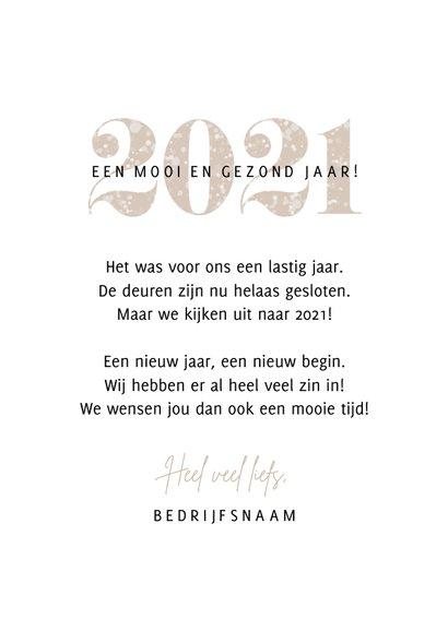 Nieuwjaarskaart sparkle 2021 cijfers foto champagne kleur 3