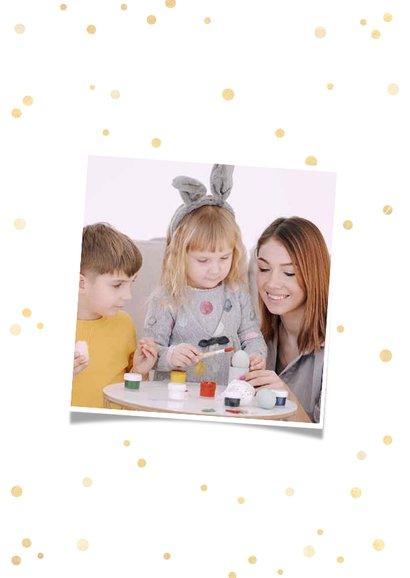 Paaskaart fotocollage met gouden confetti 2