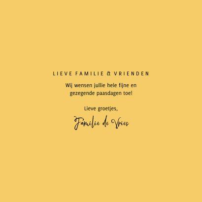 Paaskaart gezegend pasen gele bloemenkrans 3