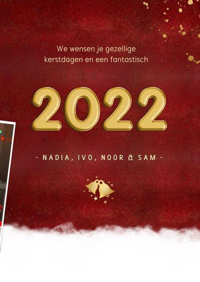 Rode fotocollage kerstkaart met jaartal 2022 stijlvol 3