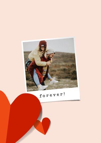 Romantische valentijnskaart met veel hartjes en foto 2