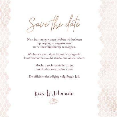 Save the date kaart boeket met roos op honingraatmotief 3