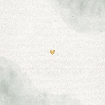 Save the date kaart groen waterverf takjes gouden hartjes Achterkant